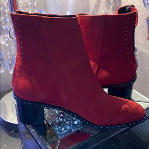 Gorgeous Red Topshop Ankle Bootie!